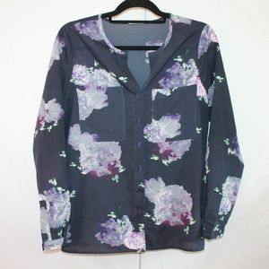 Silence + Noise Size Medium Floral Sheer Blouse